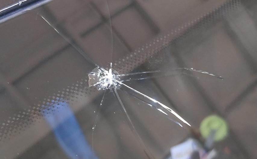 呼市汽车玻璃修复多少钱